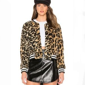 Jack BB Dakota Clever girl Leopard Faux Fur Bomber